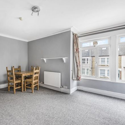 Rent this 1 bed apartment on 4 Hill View Road in Oxford OX2 0BT, United Kingdom