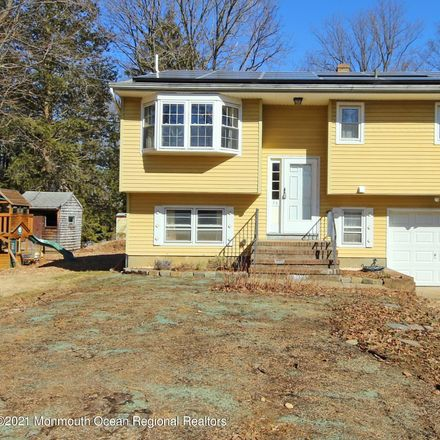Rent this 3 bed house on 25 Mulberry St in Red Bank, NJ