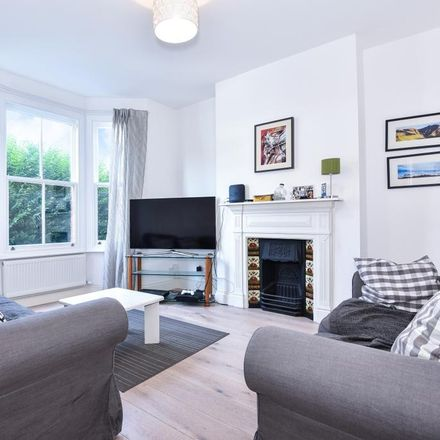 Rent this 3 bed house on Grove Road in London SW19 1BL, United Kingdom