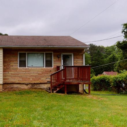 Rent this 3 bed house on 7410 Clinton Vista Lane in Clinton, MD 20735