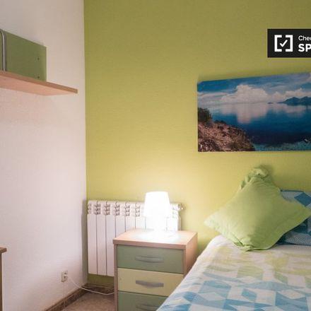 Rent this 5 bed apartment on Calle Barberán y Collar in 13, 28805 Alcalá de Henares