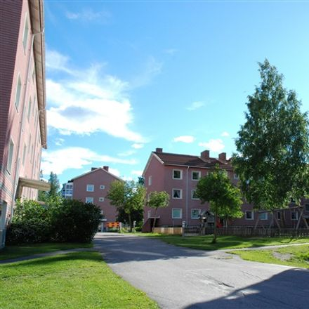 Rent this 2 bed apartment on Köpmangatan in 861 32 Timrå, Sweden
