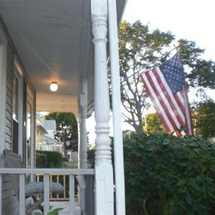 Rent this 3 bed apartment on 76 Walnut Avenue in Norwood, MA 02062-3404