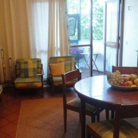 Rent this 1 bed apartment on Mini mercado Gonçalves in Praça João Martinho de Freitas, 2750-841 Cascais e Estoril