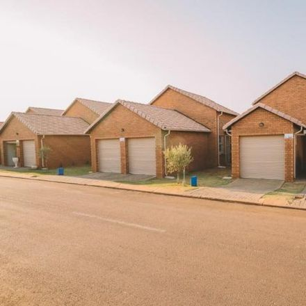 Rent this 3 bed townhouse on Platinum Highway in Tshwane Ward 4, Akasia