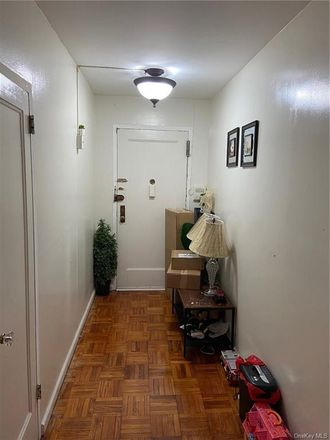 Rent this 2 bed condo on 1558 Unionport Road in New York, NY 10462