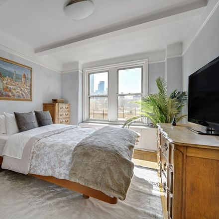 Rent this 1 bed condo on 308 East 79th Street in New York, NY 10075