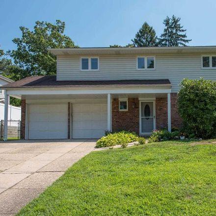 Rent this 4 bed house on 17 Glacier Dr in Smithtown, NY
