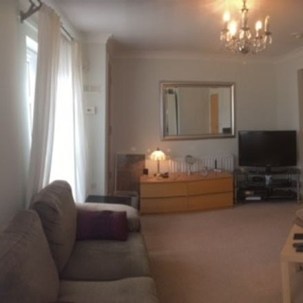 Rent this 1 bed room on Tillingbourne Green in London BR5 2GY, United Kingdom