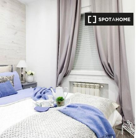 Rent this 2 bed apartment on Calle del Conde de Peñalver in 60, 28006 Madrid