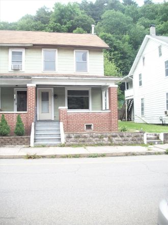 Rent this 3 bed duplex on Main Street in Parryville, PA 18235