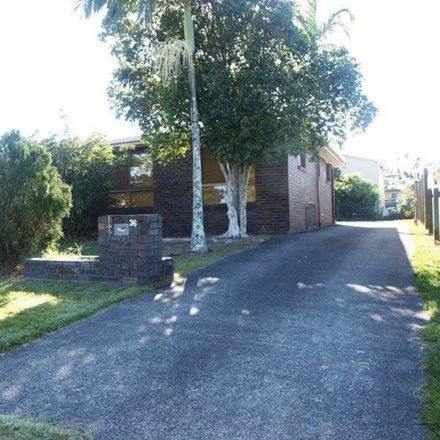 Rent this 3 bed house on Banksia Beach