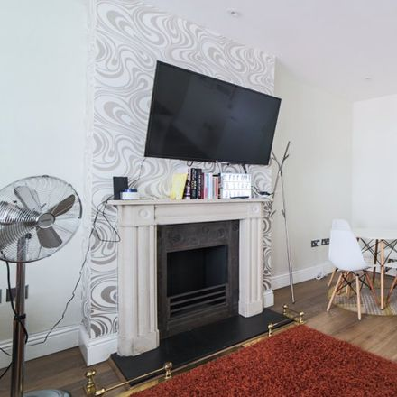 Rent this 1 bed apartment on Edgware Road in London W2 1DU, United Kingdom