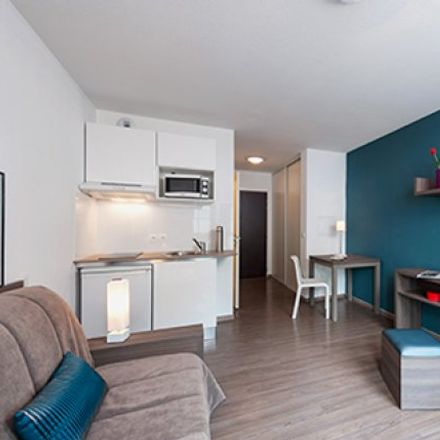 Rent this 1 bed apartment on Bordeaux in NEW AQUITAINE, FR