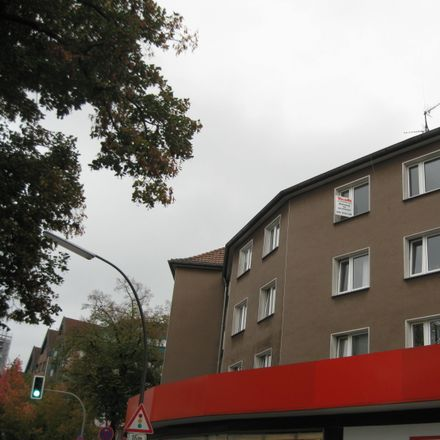 Rent this 3 bed apartment on Lipper Weg 3 in 45770 Marl, Germany