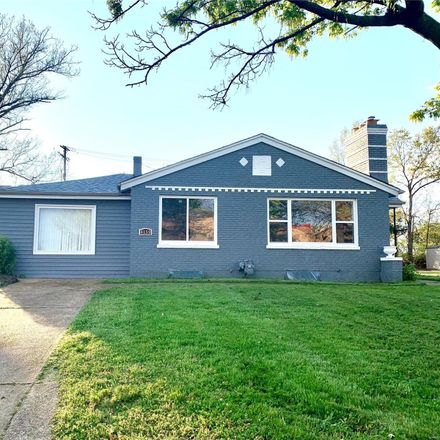 Rent this 3 bed house on 4159 Crescent Drive in Mehlville, MO 63129