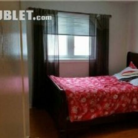 Rent this 4 bed house on Petro-Canada in Derry Road West, Mississauga