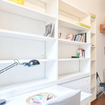 Rent this 2 bed apartment on Trattoria Settimio in Via del Pellegrino, 117