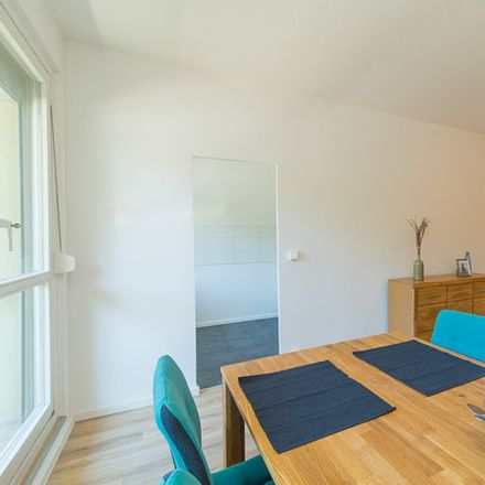 Rent this 3 bed apartment on Senftenberger Straße 28 in 01239 Dresden, Germany