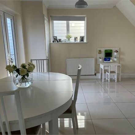 Rent this 3 bed house on Forest Drive in Chelmsford CM1 2TX, United Kingdom