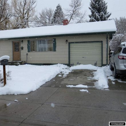 Rent this 5 bed house on Cliff St in Lander, WY