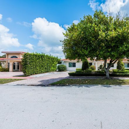 Rent this 5 bed condo on 585 Fairway Drive in Miami Beach, FL 33141