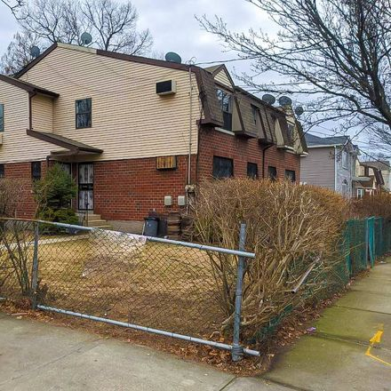 Rent this 6 bed townhouse on 118th Ave in Jamaica, NY