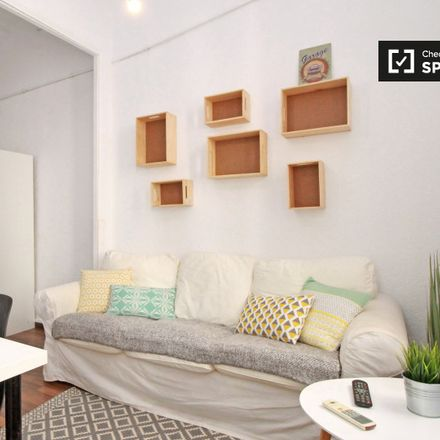 Rent this 3 bed apartment on Carrer de Luis Antúnez in 5, 08012 Barcelona