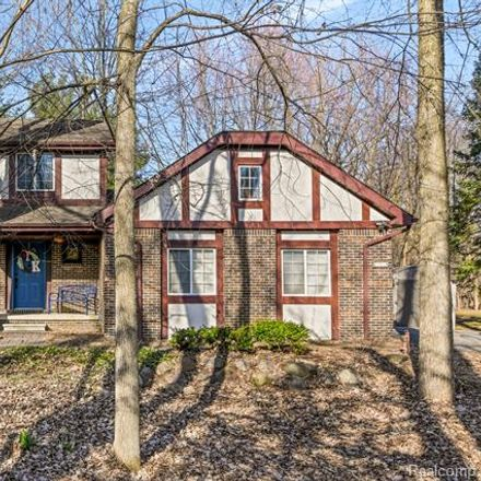 Rent this 3 bed house on 23011 Gill Road in Farmington Hills, MI 48335
