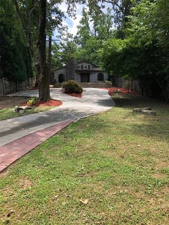 Rent this 3 bed house on 724 Collier Road Northwest in Atlanta, GA 30318