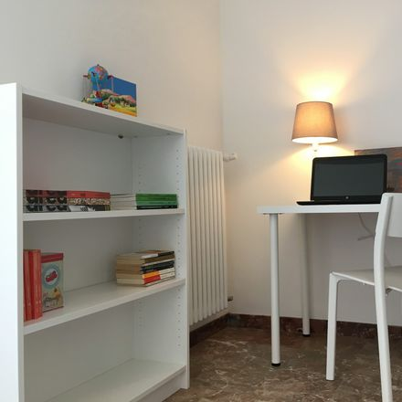 Rent this 9 bed room on Via Domenico Turazza in 5, 35129 Padova PD