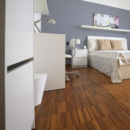 Rent this 3 bed room on Via Giovanni Pezzotti in 20136 Milan Milan, Italy
