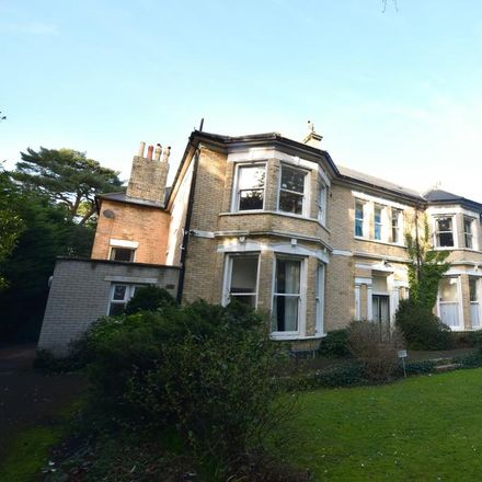 Rent this 3 bed apartment on Manor Road in Bournemouth BH1 4AA, United Kingdom