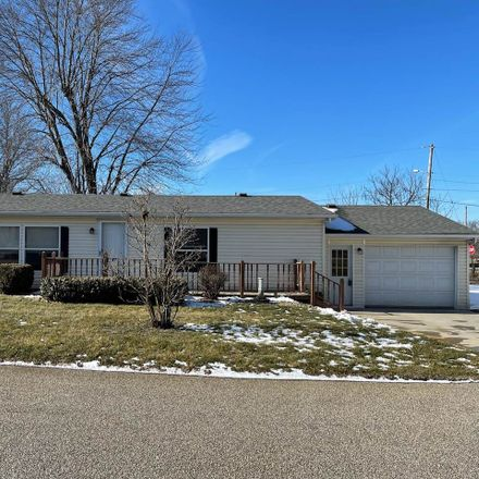 Rent this 3 bed house on 9107 N Shore Dr in Bremen, IN