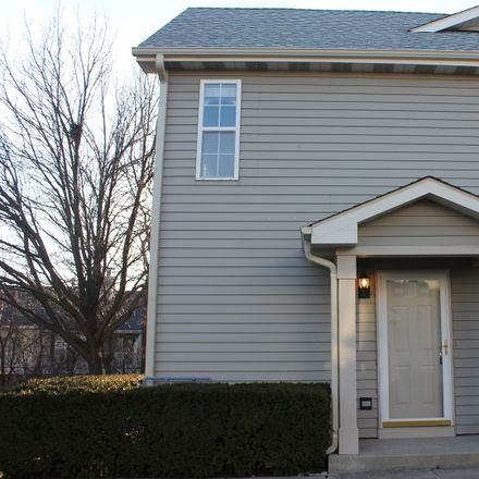 Rent this 2 bed townhouse on 1141 Orleans Drive in Mundelein, IL 60060