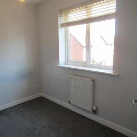 Rent this 3 bed house on Garden Vale in Wigan WN7 5SY, United Kingdom