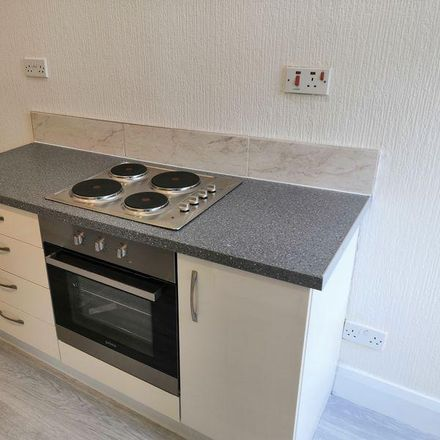 Rent this 2 bed apartment on Mai Thai in Grove Street, Bassetlaw DN22 6UX