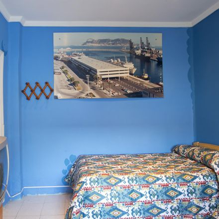 Rent this 3 bed room on Calle Arqueros in 5, 41010 Seville