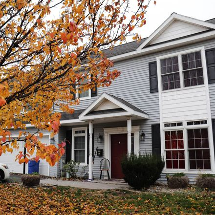Rent this 3 bed house on 18 Simmons Avenue in City of Cohoes, NY 12047