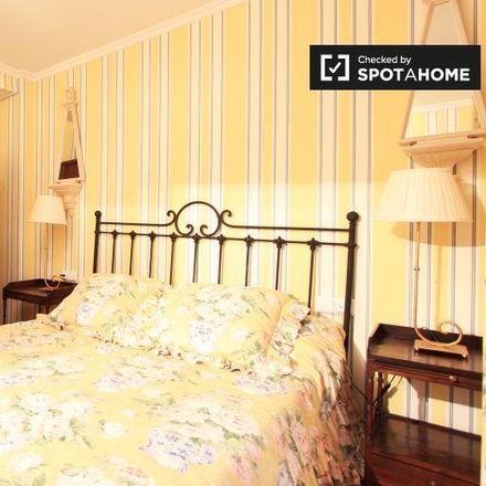Rent this 2 bed apartment on Calle de Antonio Machado in 28001 Madrid, Spain