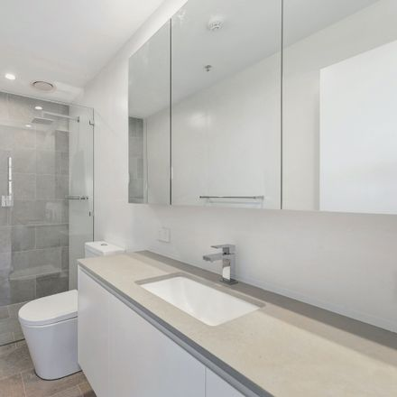 Rent this 2 bed apartment on 2/57 Grosvenor Street