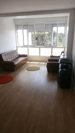 Rent this 2 bed apartment on Rua de Malange 226 in 2775 Carcavelos e Parede, Portugal