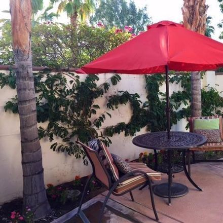 Rent this 2 bed townhouse on 552 N Indian Canyon Dr in Palm Springs, CA