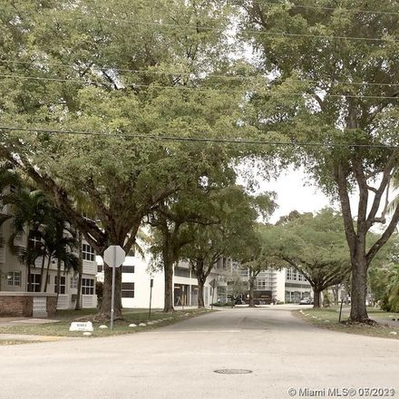Rent this 1 bed condo on 6580 Santona Street in Coral Gables, FL 33146