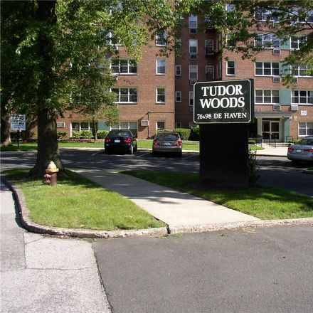 Rent this 1 bed condo on 98 Dehaven Drive in Yonkers, NY 10703