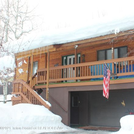 Rent this 3 bed house on 378 Sugar Loaf Drive in Star Valley Ranch, WY 83127