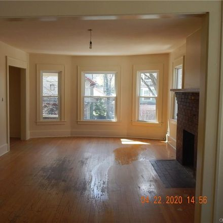 Rent this 3 bed apartment on 689 Allen Street in Syracuse, NY 13210