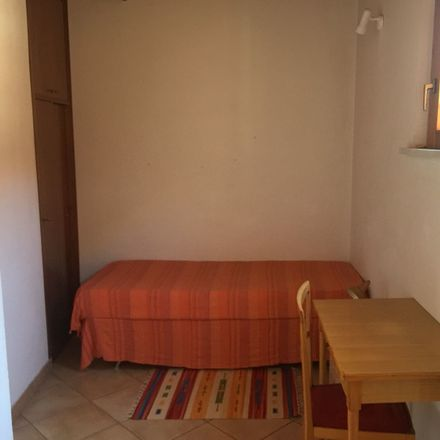 Rent this 3 bed room on Via dell'Università in Palermo PA, Italia