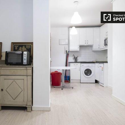 Rent this 5 bed apartment on Calle de Fernando el Católico in 63, 28015 Madrid