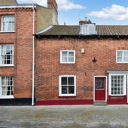 Rent this 3 bed house on Arc Jewellables in 38 Bailgate, Lincoln LN1 3AP